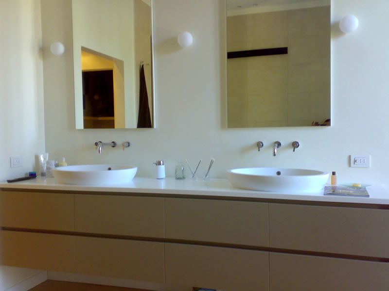 Mobili da bagno su misura fp71 regardsdefemmes - Produttori mobili bagno ...